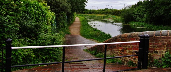 canal tow path at Barnes Meadow