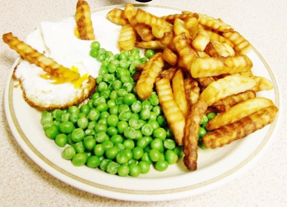 egg, chips and peas