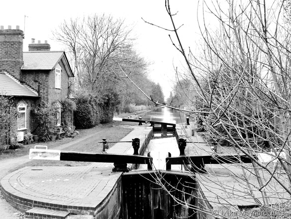 LOCK KEEPER COTTAGE B&W