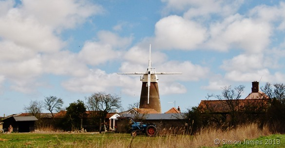Norfolk Broads Friday 19 April 2013 windmill cropped