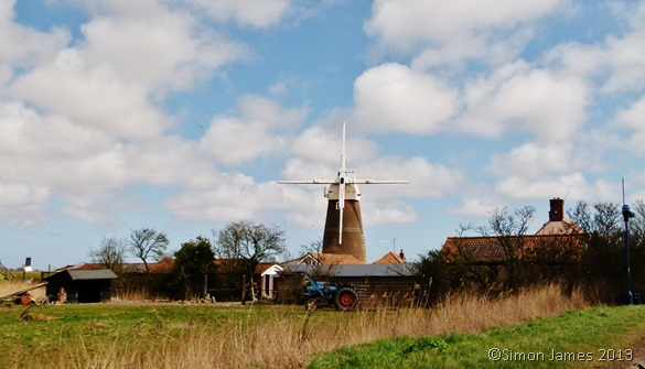 Norfolk Broads Friday 19 April 2013 Windmill