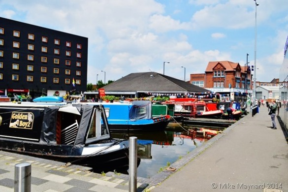 Narrowboats floating market at Walsall