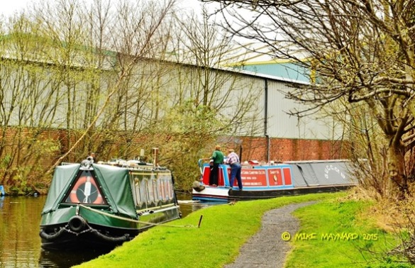 TIPTON BOATS AND CANAL (290)